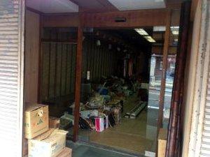 工場・店舗・オフィスの残置物撤去の施工前