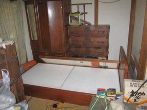 大型の家具の処分もお受けしましたの施工前