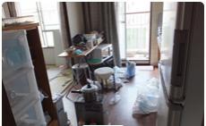 遺品整理・清掃:キッチンの施工前