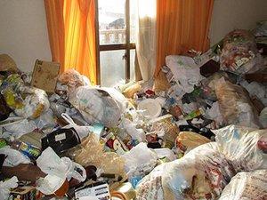 【1R】ゴミ屋敷清掃(彦根市)の施工前