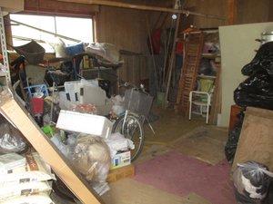 離れ・倉庫も合わせての家財整理の施工前
