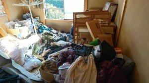 家具などは回収してリサイクルしましたの施工前