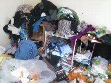【1R】臭いが充満したお部屋でのゴミ屋敷清掃の施工前