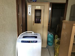 【2DK】遺品整理と家庭用サウナの解体の施工前