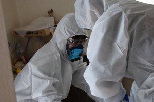 死後一か月経過された家の特殊清掃作業の施工前