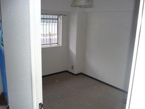 3LDK・マンション6階の6畳1間の施工後