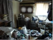 一軒家の家財整理(居室)の施工前