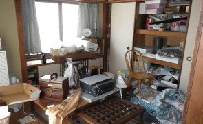 【6LDK】大阪市西区での遺品整理・財産分与:154,000円の施工前