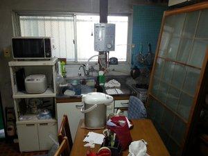 【2LDK】大阪市鶴見区でのゴミ屋敷清掃:77,000円の施工前