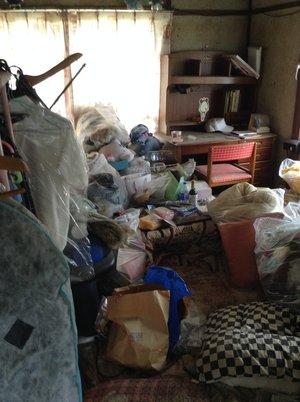 不法投棄の現場になっていた事例の施工前