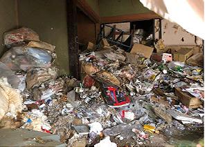 家の売買に伴う残置物撤去作業②の施工前