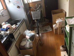 3DKアパートの遺品整理の施工前