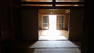 【5LDK】たくさんの園芸用品があった一戸建て住宅での事例の施工前