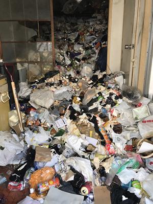 【ゴミ屋敷清掃】東京都23区:745,000円の施工前