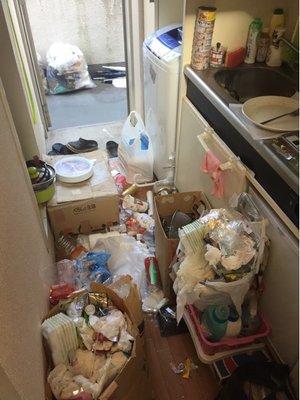 ロフト部分にまで荷物が埋めつくされていました(埼玉県)の施工前