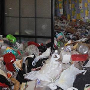 ゴミ屋敷と化していた現場:1DK【140,000円】の施工前