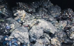 【1LDK】ゴミ部屋の片付け(山形市)の施工前