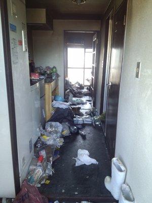 火災死亡現場の遺品整理  マンション・1Kの施工前