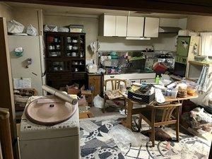 家財が多いマンションのご遺品整理の施工前