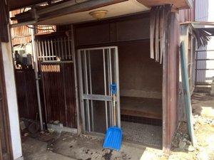 玄関での作業事例の施工後