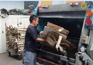 一般廃棄物、産業廃棄物、機密文書の回収、遺品・生前整理、引越しゴミの回収などご相談ください