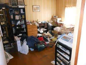 借家から退去する際の家財整理(買取・供養・現金捜索などもトータルで対応)の施工前