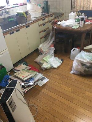 岡山県浅口市鴨方 老人ホーム入居に伴う全回収作業(1LDK)の施工前