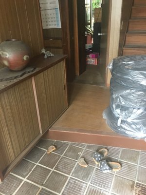 岡山市北区下伊福の事例2:玄関部分の施工前