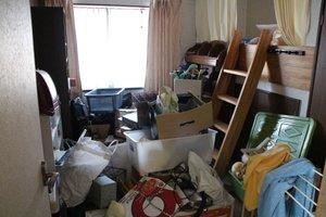 引越しに伴う家財の整理の施工前