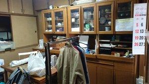 たくさんのお荷物がある部屋の整理と物置解体の施工前