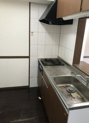ゴミ屋敷清掃(マンション1DK・作業員3人×6時間/50万円)の施工後