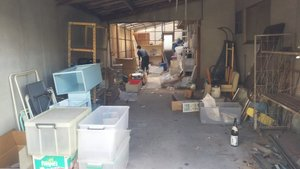 車庫の中の不用品、全撤去作業の施工前