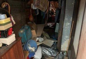 ゴミ屋敷の遺品整理と特殊清掃作業の施工前