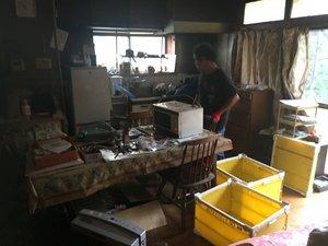 【209000円】戸建て5部屋分の片付けと買取対応の施工前