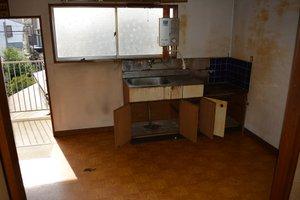 公団住宅の2DK:荷物が比較的多いお部屋の場合の施工後