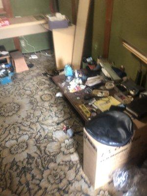 【3LDK】一軒家の片付けとお部屋の清掃:150,000円の施工前