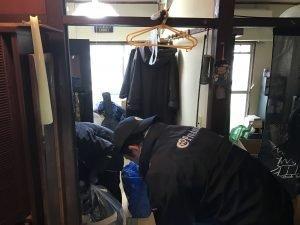 松戸市の家財整理:高層団地のような階段作業でもお任せください。の施工前