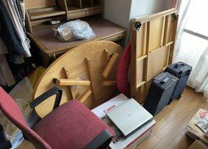 机周りやバッグなどの不用品回収の施工前
